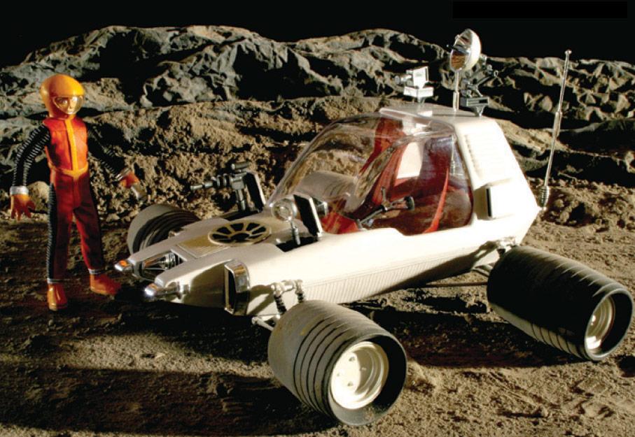 MPC 1/25 スペース1999 エイリア...