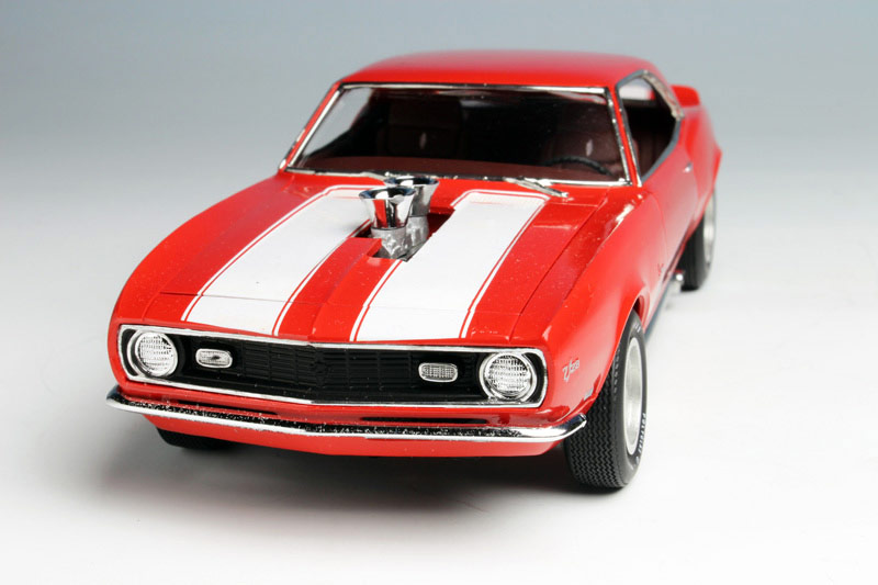 1:25 AMT Model Kit Bausatz AMT868 Chevy 2 in 1 Kit 1968 Chevrolet Camaro Z//28