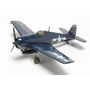 "PLATZ 1/144 F6F-5 HELLCAT ""David McCampbell"" (2 kits in one box)"